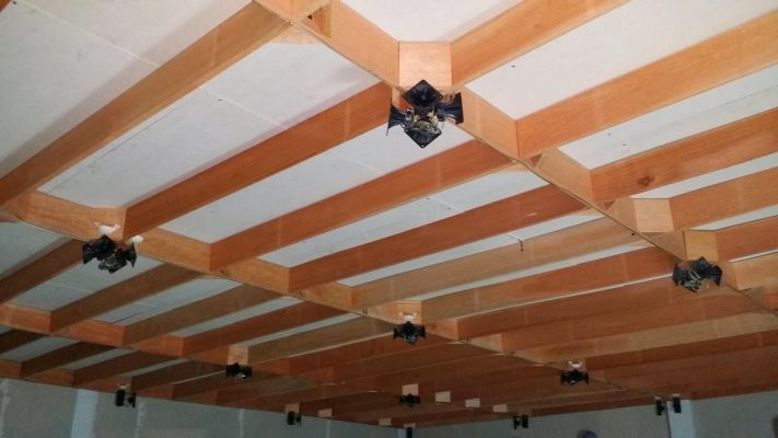 Thanh gỗ làm tổ nhà yến